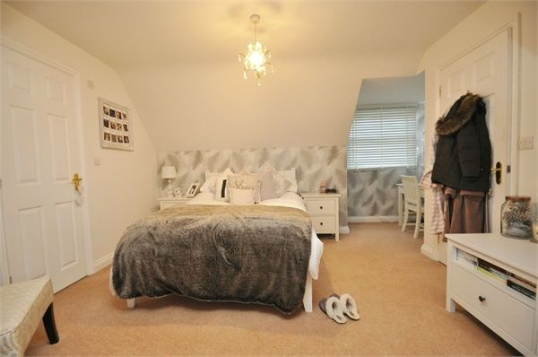 Bedroom Unit With Garage And Utility Room Above