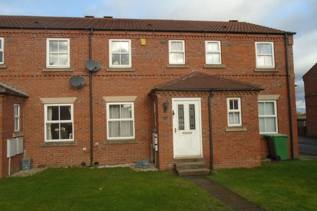 Thumbnail Terraced house to rent in Knavesmire, Rothwell, Leeds