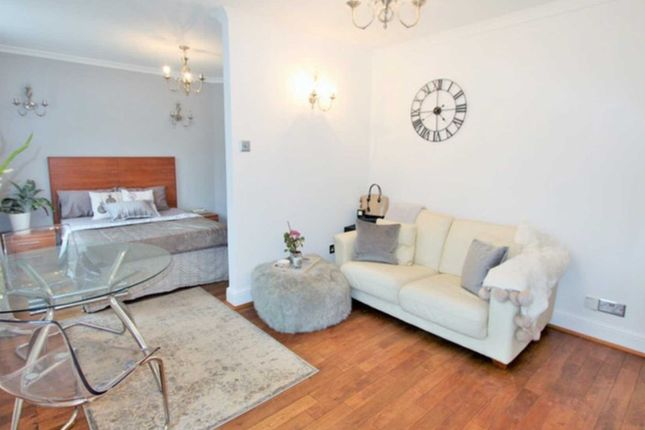 Thumbnail Flat to rent in Marble Arch Apartments, Harrowby Street, Marylebone