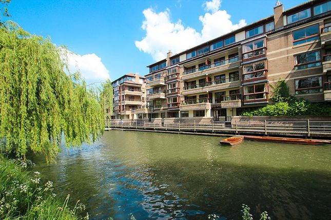 Thumbnail Flat to rent in Beaufort Place, Thompsons Lane, Cambridge