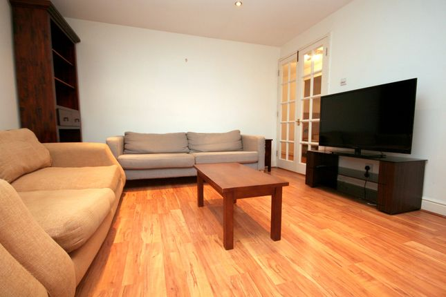 2 bed flat for sale in Langbourne Place, London E14