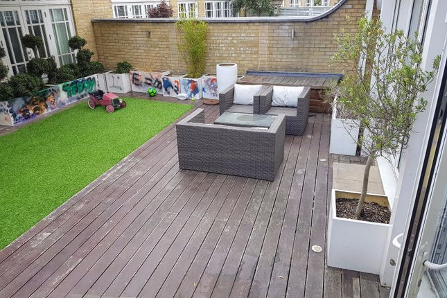 Thumbnail Town house to rent in Imperial Crescent, Imperial Wharf, Hammersmith