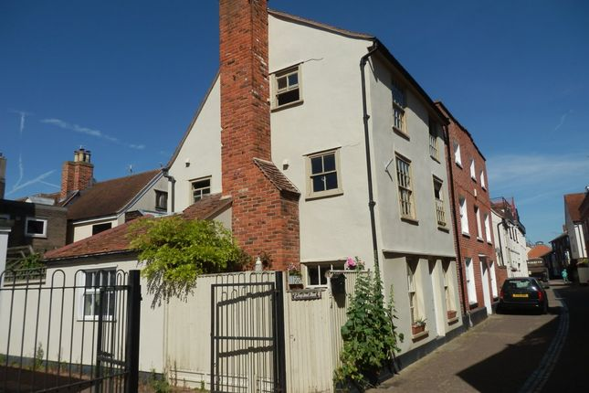Thumbnail Town house for sale in Kings Head Street, Harwich