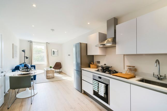 Thumbnail Flat for sale in Queens Road, London