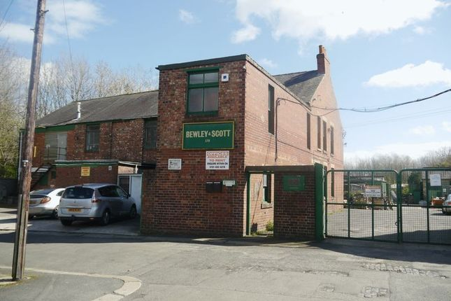 Office to let in Ellison Road, Gateshead