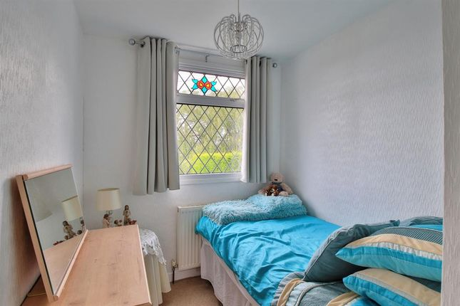 Bedroom 3 of Southey Close, Littleborough OL15
