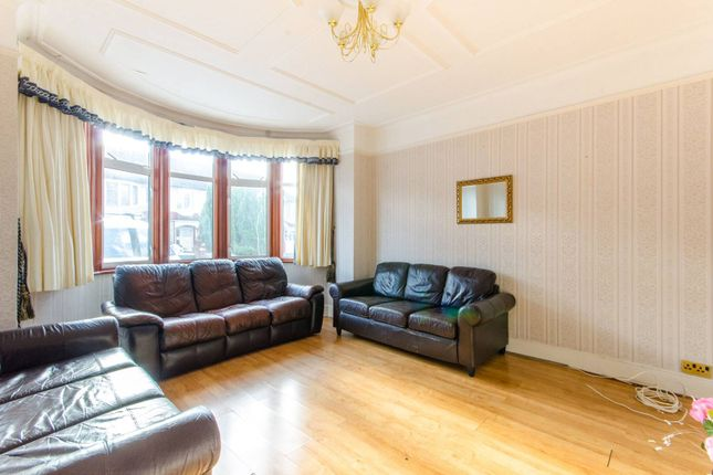 Thumbnail Terraced house to rent in Berkshire Gardens, Wood Green, London