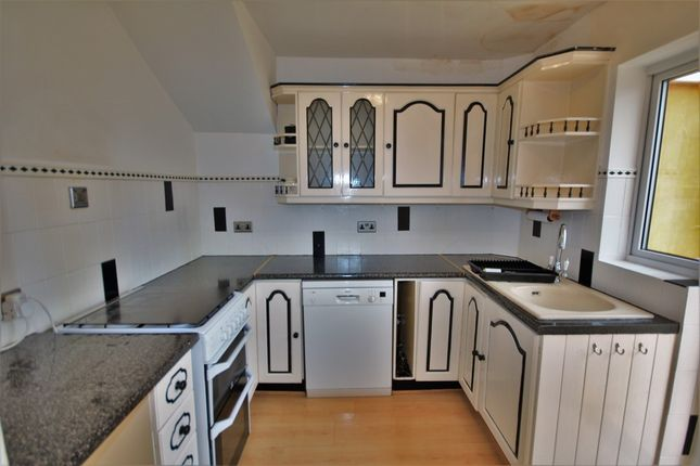 Thumbnail Terraced house to rent in Marconi Road, Chelmsford