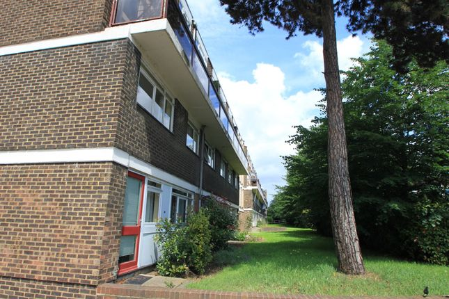 Thumbnail Flat to rent in Gloucester Road, Norbiton, Kingston Upon Thames