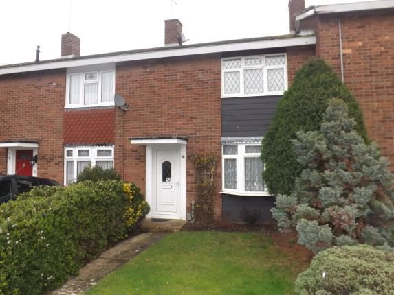 Thumbnail Terraced house for sale in Landermere, Basildon