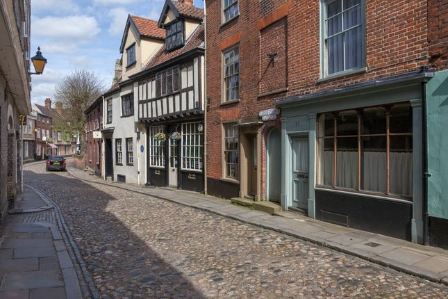 Thumbnail Terraced house for sale in The Monastery Court, Elm Hill, Norwich