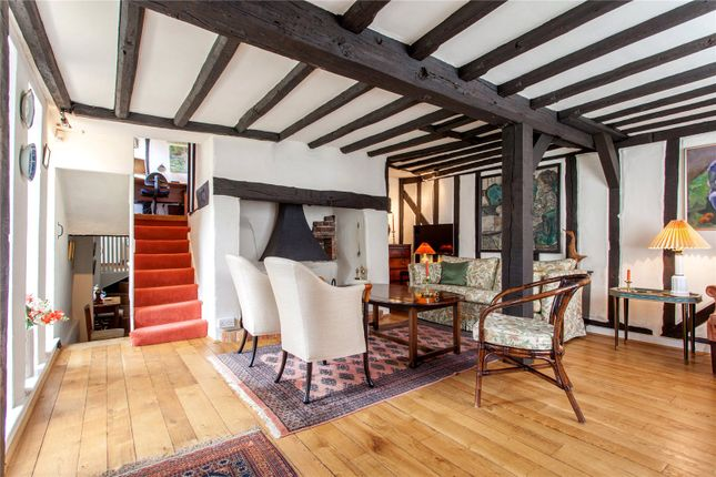 Thumbnail Semi-detached house for sale in New Street, Henley-On-Thames, Oxfordshire