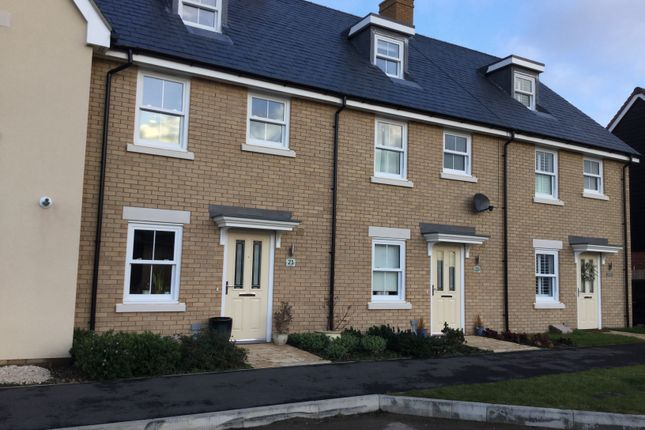 Thumbnail Town house to rent in Parry Rise, Biggleswade