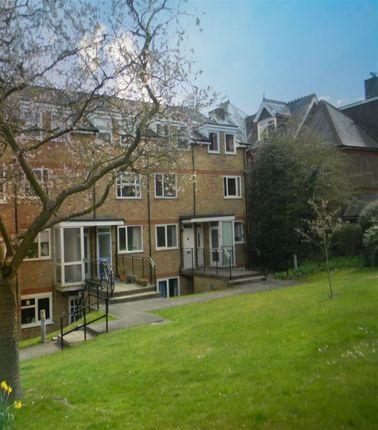 Thumbnail Maisonette to rent in Lincoln Court, Berkhamsted