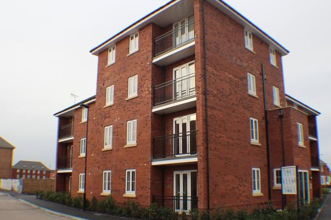 Thumbnail Flat to rent in Buttermere Crescent, Doncaster