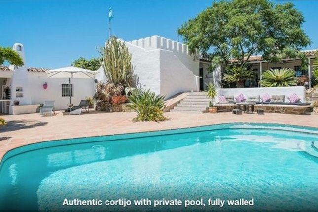 Thumbnail Country house for sale in Spain, Málaga, Vélez-Málaga, Almayate