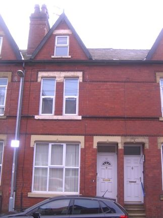 Thumbnail Flat to rent in Blandford Grove, Hyde Park, Leeds, Hyde Park