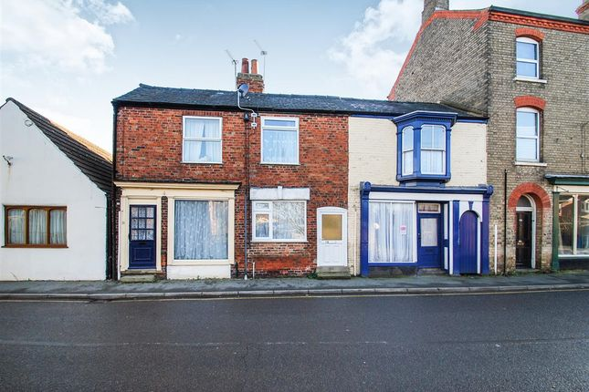 Thumbnail Terraced house for sale in South Street, Alford
