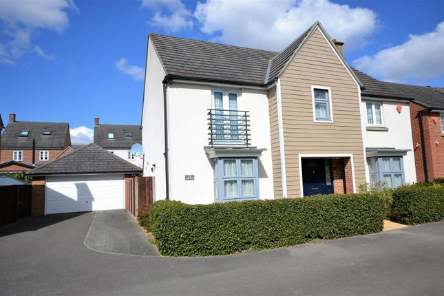 Thumbnail Detached house for sale in Spire Close, Basingstoke