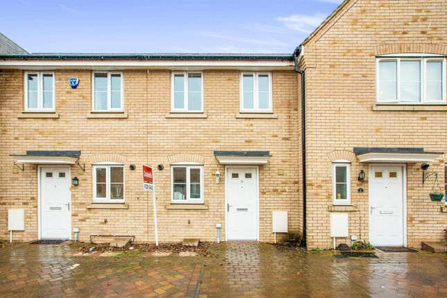 2 bed terraced house for sale in Furrowfields, St. Neots