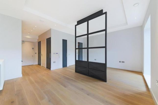 Thumbnail Property for sale in Orchard Place, London
