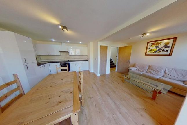 Thumbnail Flat to rent in 223, City Road, Roath, Cardiff, South Wales