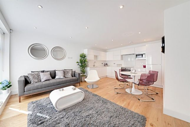 Thumbnail Property to rent in Omega Terrace, Wood Green