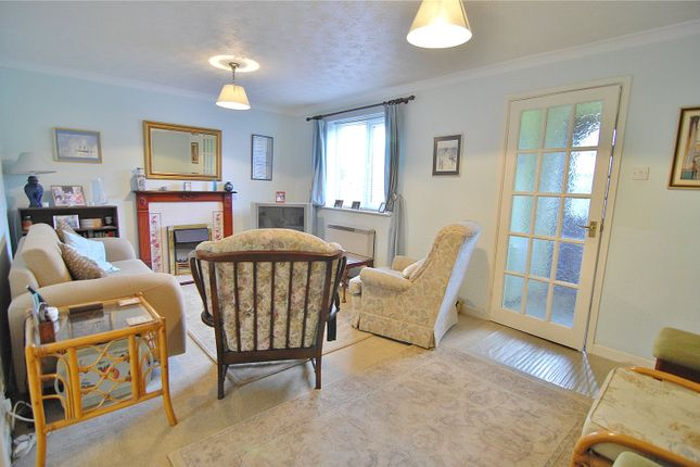 Picture No. 12 of The Orchard, Burdett Close, Stonehouse, Gloucestershire GL10