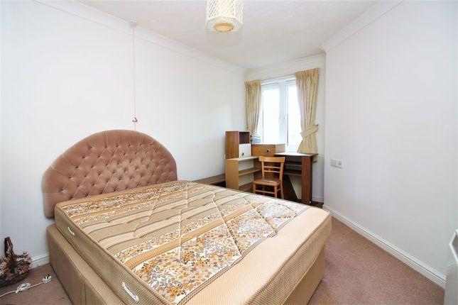 Bedroom of Victoria Avenue, Chard TA20