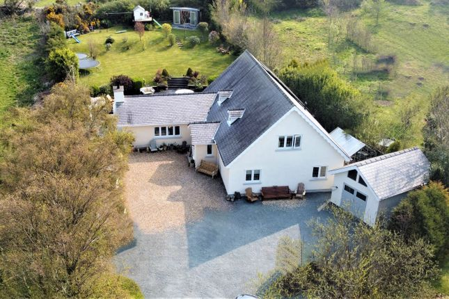 Thumbnail Detached house for sale in Carreglefn, Amlwch