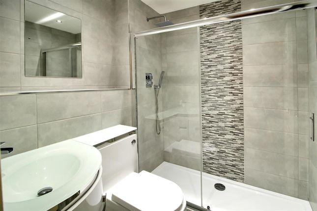 Bathroom of St. James Court, Castleford WF10