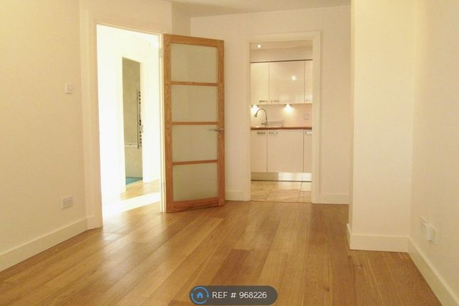 1 bed flat to rent in Richmond Road, Kingston Upon Thames KT2