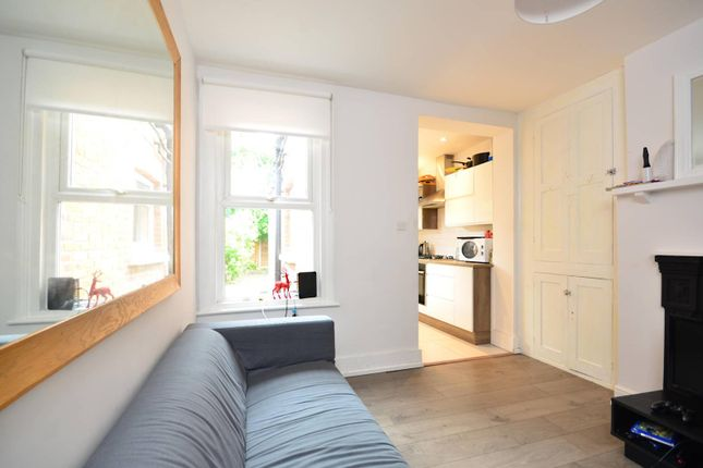 Thumbnail Semi-detached house to rent in Acacia Road, Guildford