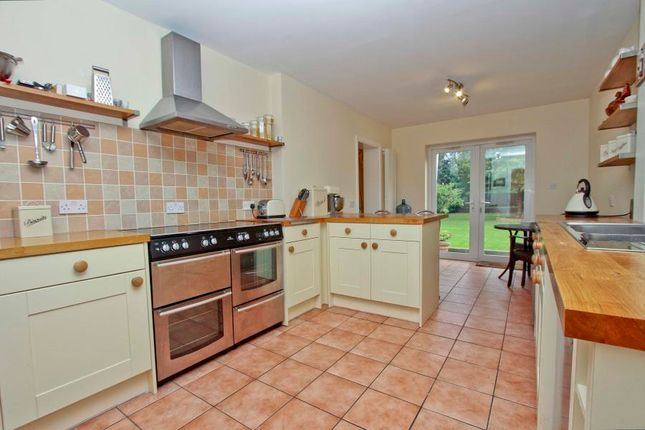 Thumbnail Detached house to rent in Northwold Drive, Pinner