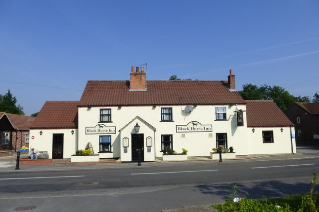 Thumbnail Pub/bar for sale in High Street, Blyton
