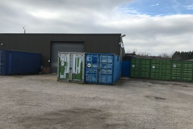 Warehouse to let in Shawfield Road, Barnsley
