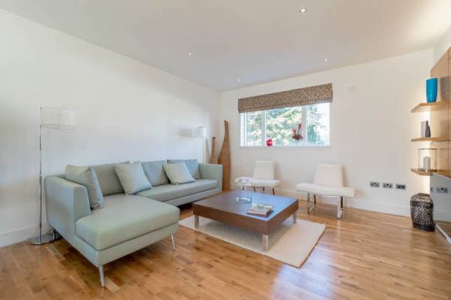 Thumbnail Flat to rent in Brighouse Park Cross, Cramond, Edinburgh