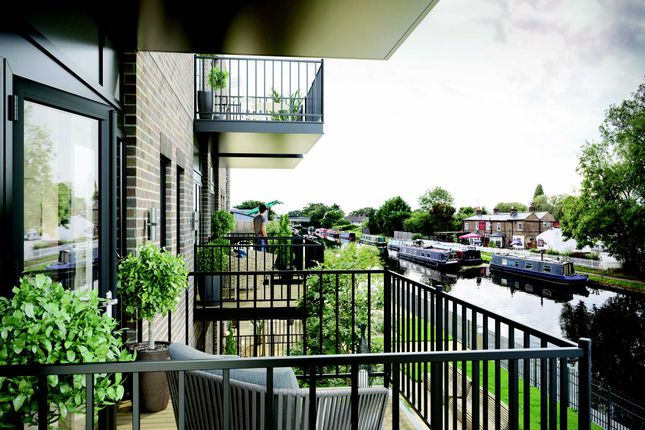 Thumbnail Flat for sale in Waterloo Road, Cowley, Uxbridge
