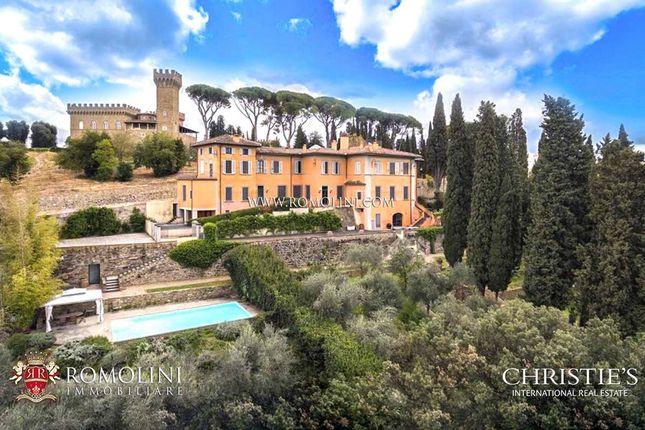 Thumbnail Villa for sale in Pian Dei Giullari, Tuscany, Italy