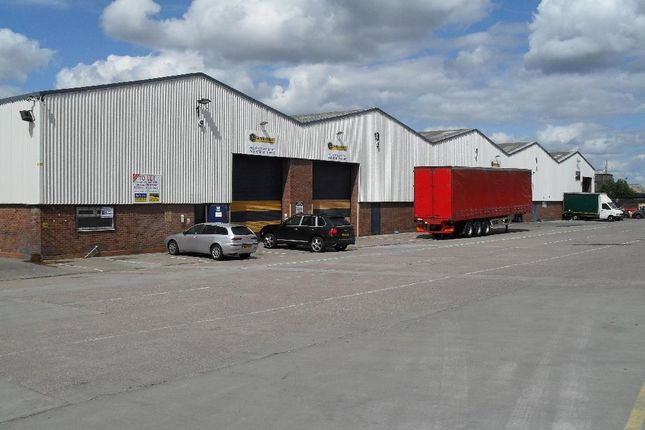 Thumbnail Light industrial to let in Unit 15 & 16 Oldbury Point, Rood End Road, Oldbury, West Midlands