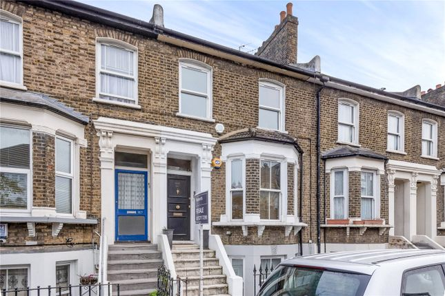 3 bed flat for sale in Shardeloes Road, London SE14
