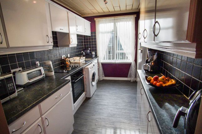 Kitchen of Ballindean Road, Dundee DD4