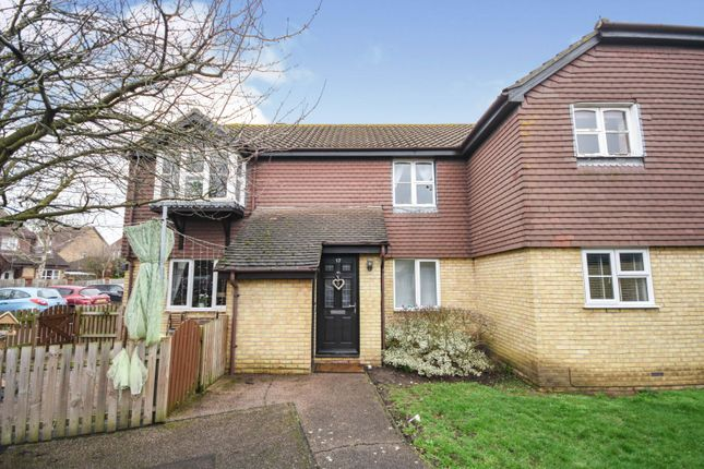 Thumbnail Flat for sale in Abbots Court, Basildon