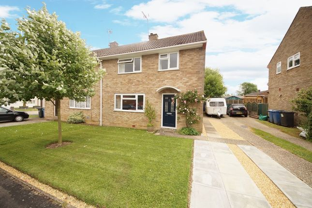 Thumbnail Semi-detached house for sale in King Johns Road, North Warnborough, Hook
