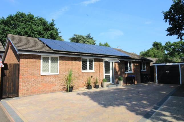 Thumbnail Bungalow for sale in Highcliffe, Christchurch, Dorset