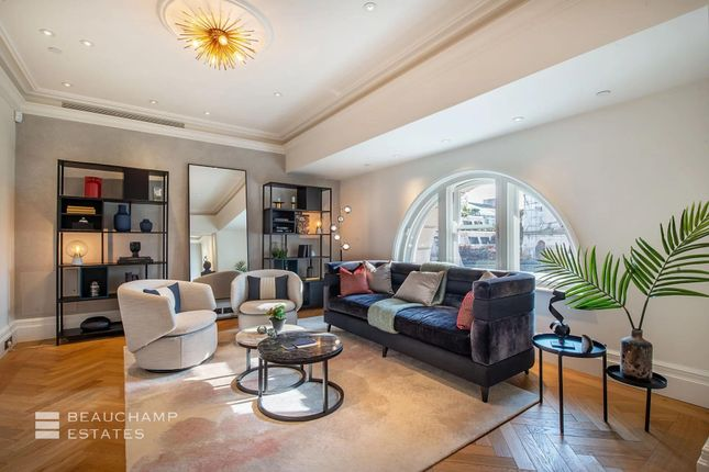 2 bed flat for sale in Oceanic House, St James's SW1Y