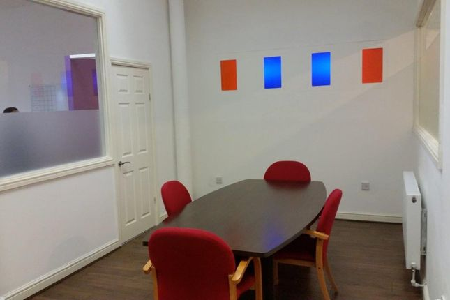 Medium Office Meeting Room
