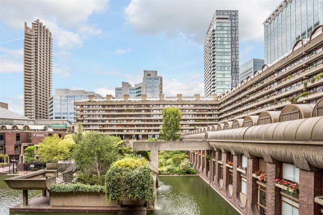 Thumbnail Property for sale in Speed House, Barbican, London