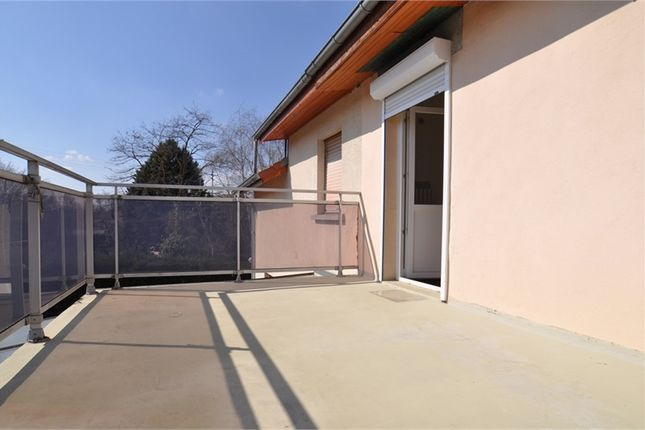 Thumbnail Property for sale in Alsace, Haut-Rhin, Village Neuf