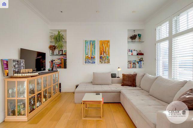 Thumbnail Flat to rent in Broadhurst Gardens, London